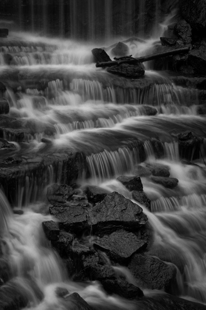 1 417 w Waterfall Milton closeup 7524 BW