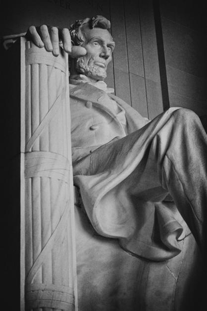 Lincoln Memorial BW Antique