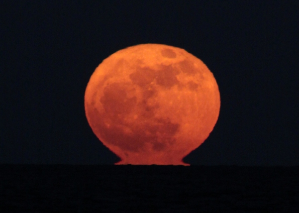 Nuclear SuperMoon 0387 Horiz Final 1000w
