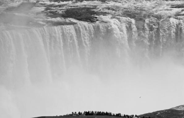 Greff-Barry_Niagara.jpg
